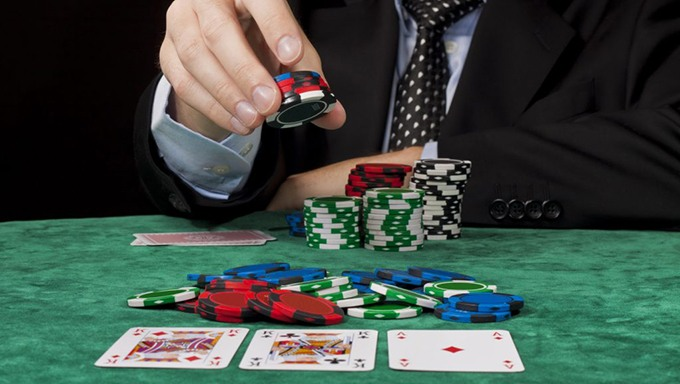 How to deal with Poker Site Betting