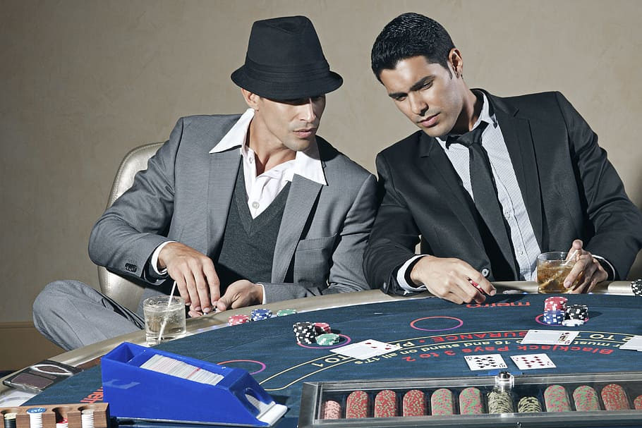 Earn Money By Playing Online Casino Games With The Best Website
