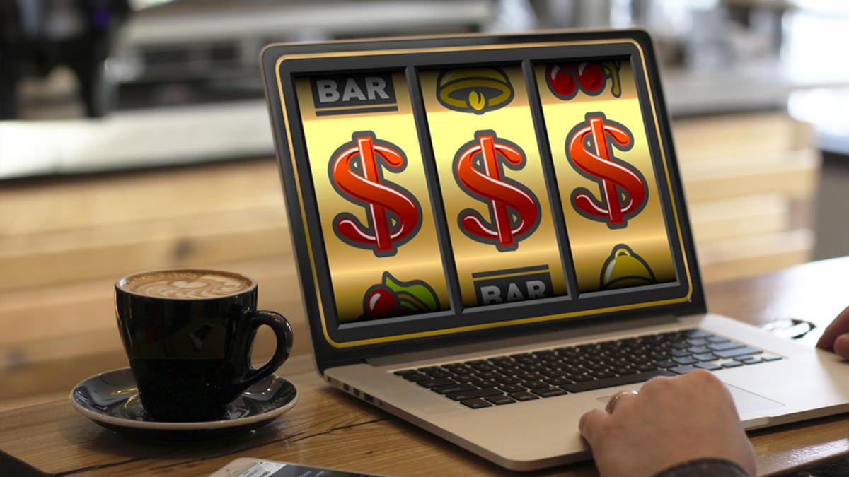 Slot online addiction problems